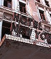 Hotel-New-York,-col.79-Gebäude-FotoTapeten-Rot-Grau-Braun