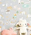 My-farm,-soft-grey-Blumen-Tiere-Bäume-Gebäude-KinderTapeten-Grün-Grau-Braun-Rosa-Weiß-Ocker