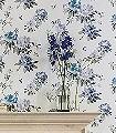 Rhodera,-col.06-Blumen-Florale-Muster-Blau-Grau-Creme-Perlmutt-Flieder