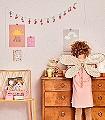 Stardust,-lovely-pastel-pink-Punkte-Moderne-Muster-KinderTapeten-Gelb-Rosa-Hellgrün-Ocker