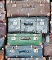 Vintage-Koffer-Gegenstände-Moderne-Muster-FotoTapeten-Grün-Braun-mint