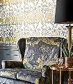 Zambesi-Gold,-col.-02-Blumen-Tiere-Bäume-Blätter-Vögel-Schmetterlinge-Fauna-Florale-Muster-Gold-Anthrazit-Weiß
