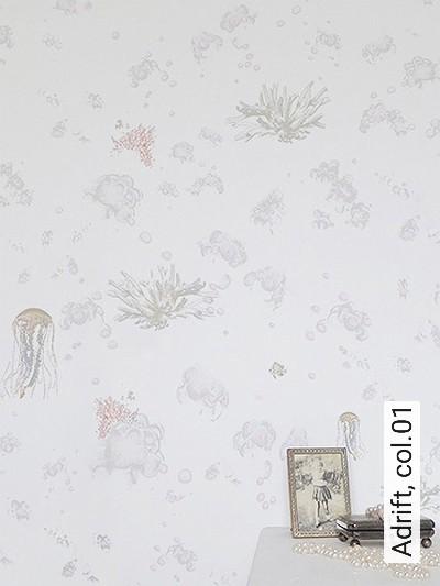 Adrift,-col.01-Unterwasserwelt-Korallen-Moderne-Muster