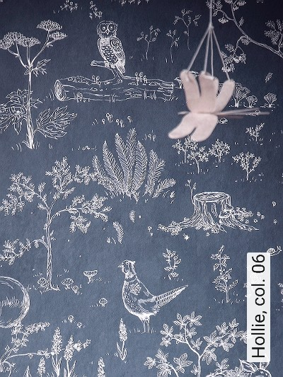 Hollie,-col.-06-Blumen-Tiere-Bäume-Blätter-Fauna-Florale-Muster-KinderTapeten-Braun-Weiß