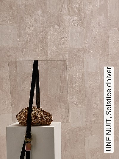 UNE-NUIT,-Solstice-dhiver-Stein-Moderne-Muster-Creme